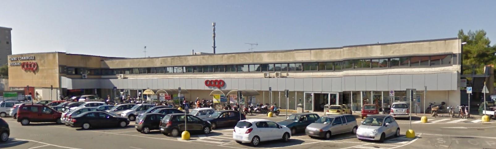 Centro commerciale Rosignano Marittimo, Livorno - esterno