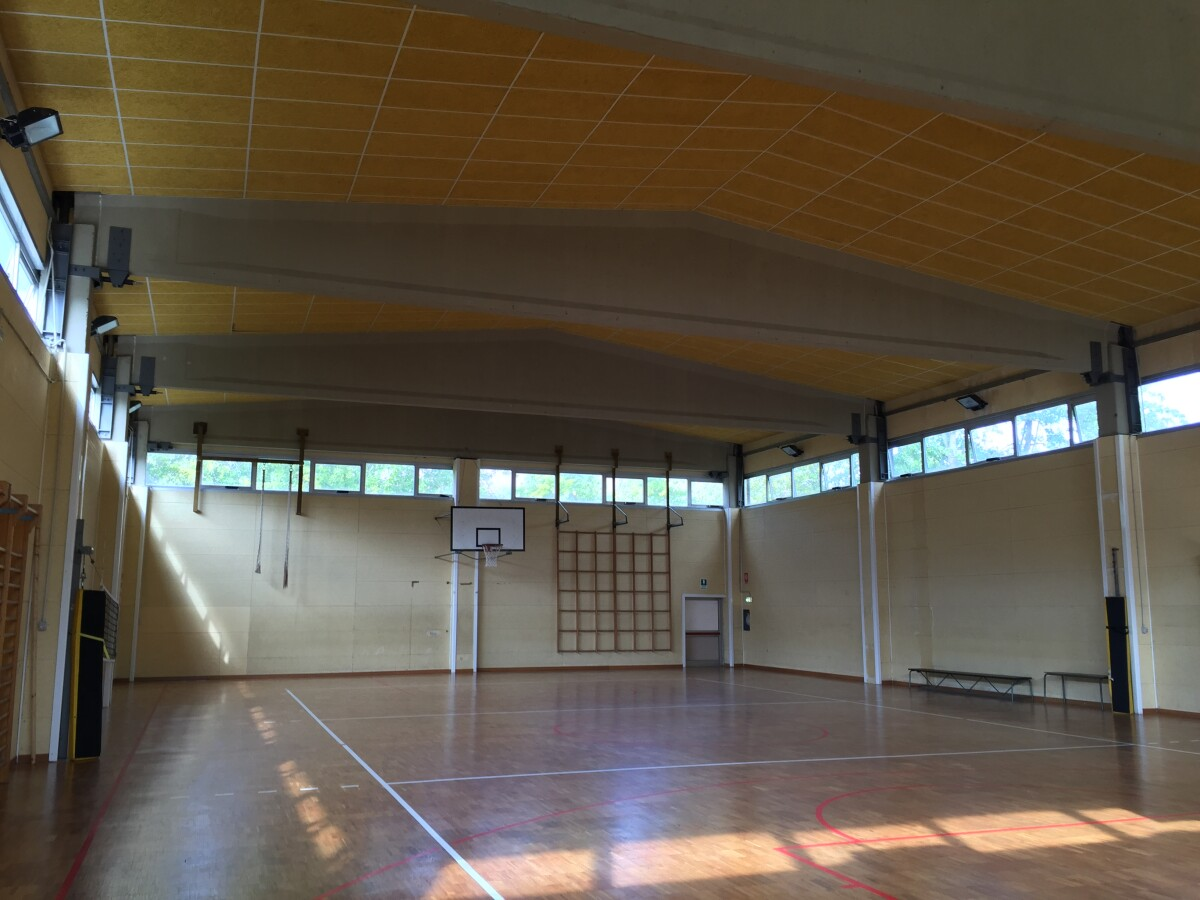 Miglioramento sismico di una palestra scolastica a San Lazzaro